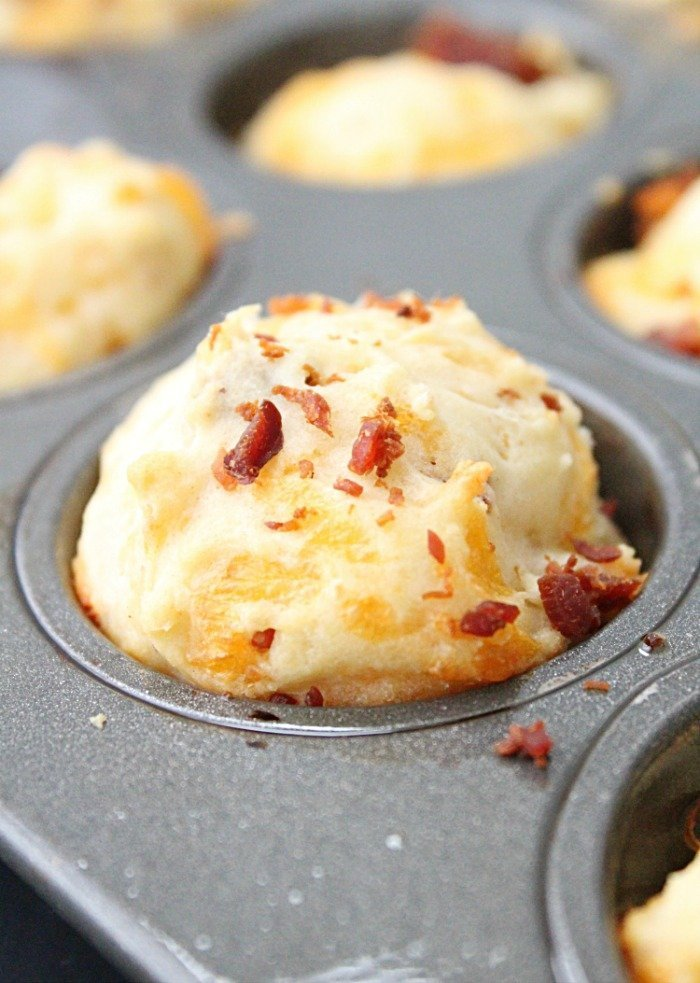 Mini Cheddar and Bacon Mini Muffins from Table for Seven