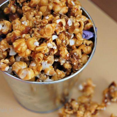 Homemade Caramel Corn #homemade #caramelcorn #snack #tableforsevenblog