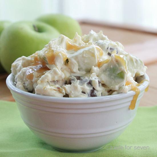 Snickers Taffy Apple Salad @tableforseven #tableforsevenblog #taffyapple #salad #snickerscandybar #apple #caramel