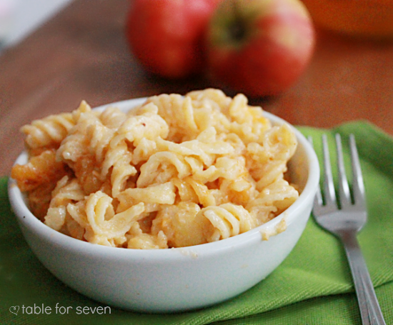 Apple Cider Mac and Cheese #applecider #macandcheese #pasta #cheese #dinner #macncheese #tableforsevenblog