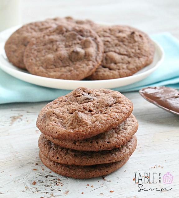 Nutella Chocolate Chip Cookies #nutella #chocolatechip #cookies #chocolate #chocolatehazelnutspread