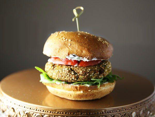 Easy Veggie Burger @orgasmikcooking #veggieburger #dinner #burger #recipe