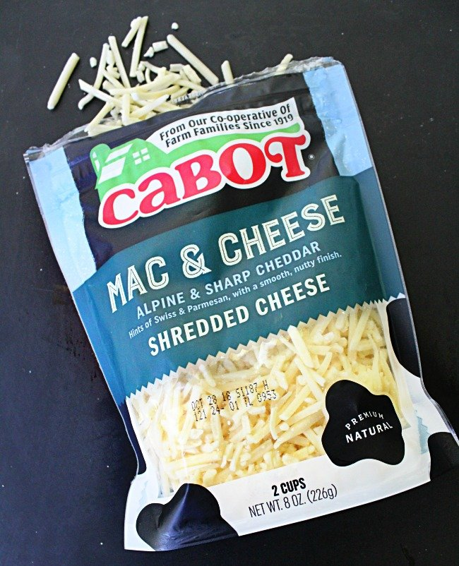 Instant Pot Mac n Cheese @tableforseven #macncheese #pasta #tableforsevenblog #dinner #macaroni #instantpot #pressurecooker
