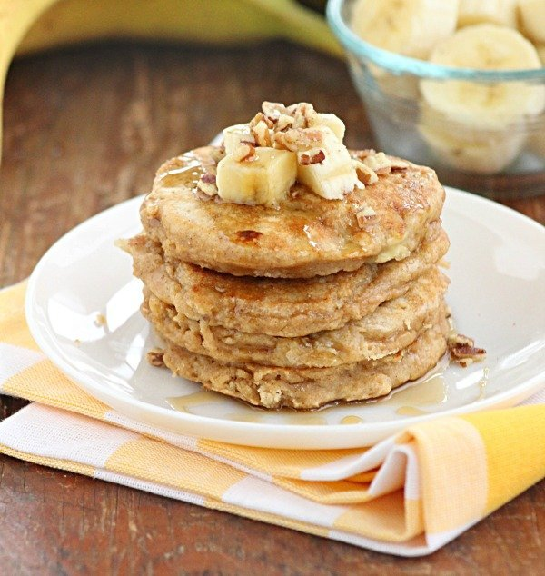 Whole Wheat Banana Pancakes @tableforseven #tableforsevenblog #banana #wholewheat #pancakes #breakfast