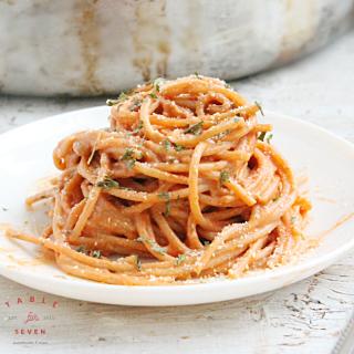 Creamy Italian Sausage Spaghetti @tableforseven #spaghetti #dinner #italiansausage #pasta