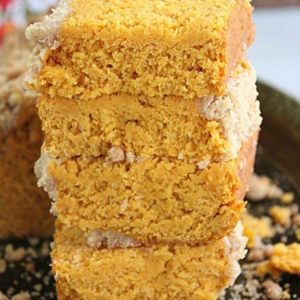 Streusel Pumpkin Quick Bread- Table for Seven #pumpkin #streusel #quickbread