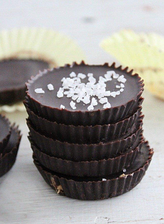 Cashew Butter Cups #cashewbutter #nutbutter #chocolate #darkchocolate #tableforsevenblog #dessert