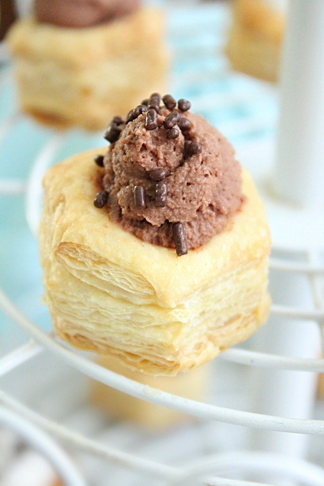 Chocolate Mousse Pastry Cups | Table for Seven #chocolate #mousse #pastrycups