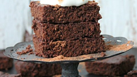 Cocoa Powder Brownies #brownies #cocoapowder #chocolate #tableforsevenblog #dessert