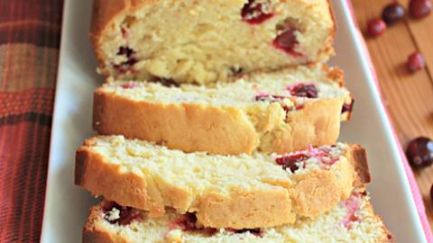 Cranberry Sour Cream Pound Cake #cranberry #sourcream #poundcake #cake #dessert