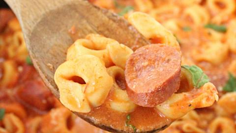Creamy Tortellini Skillet with (or without) Sausage #tortellini #skilletdinner #tableforsevenblog @tableforseven #sausage #dinner #pasta