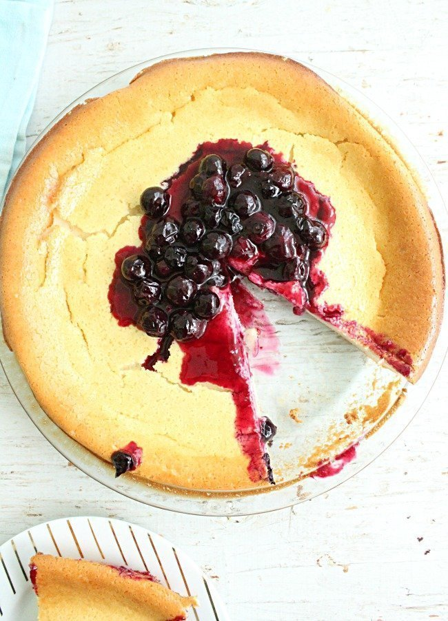 Crustless Cheesecake with Blueberry Sauce - Table for Seven #cheesecake #nocrust #blueberry #sauce #dessert