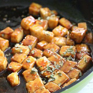Honey Hoisen Crispy Tofu #tofu #honey #dinner #hoisensauce #tableforsevenblog