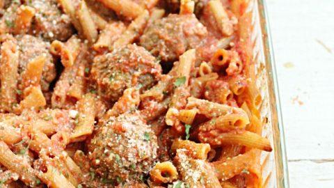 One Pan No Boil Penne and Meatballs-Table for Seven #dinner #noboilpasta #meatballs
