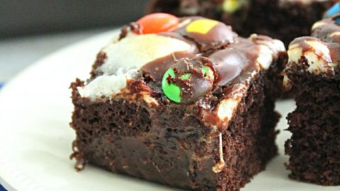 Rocky Road Bars - Table for Seven #rockyroad #chocolate #marshmallow #bars #dessert