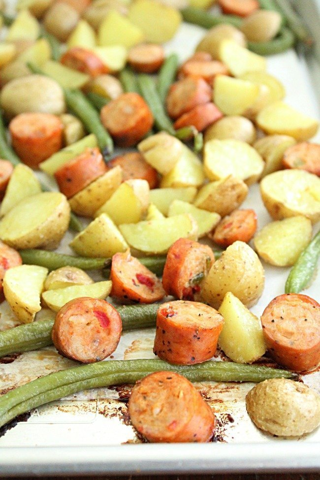 Sheet Pan Sausage Potatoes and Green Beans #sheetpan #dinner #sheetpandinner #onepan #chicken #sausage #potatoes #greenbeans #tableforsevenblog