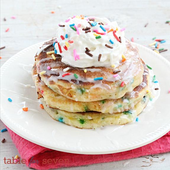 Sprinkle Cake Pancakes #tableforsevenblog #pancakes #sprinkle #cakebatter #cakemix #breakfast