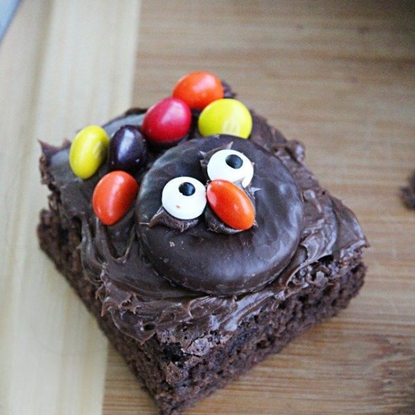 Turkey Brownies: Table for Seven #brownies #chocolate #turkey #thanksgiving #dessert
